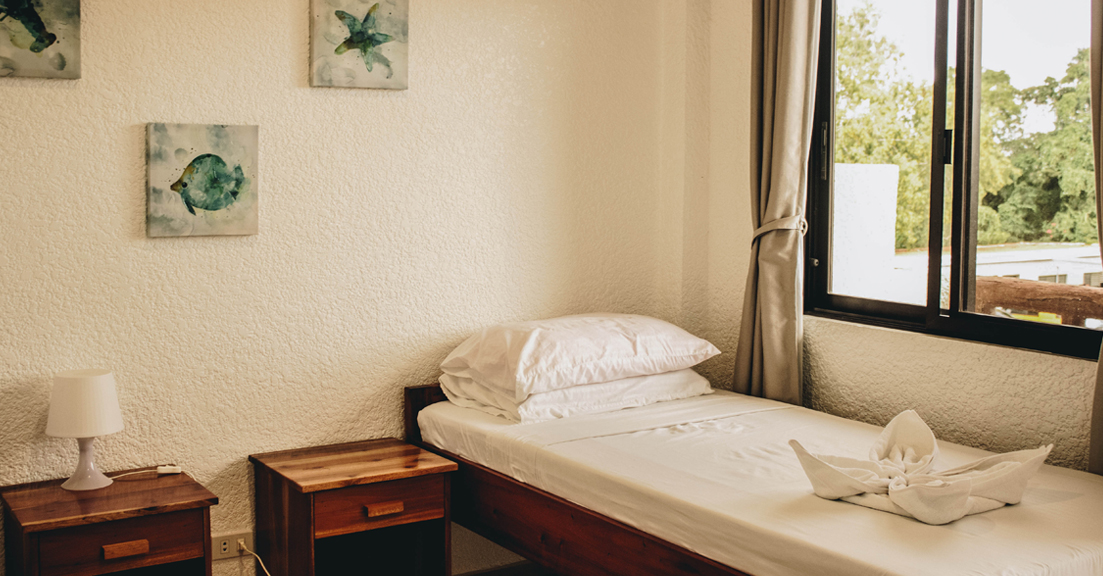 Twin Bed with balcony